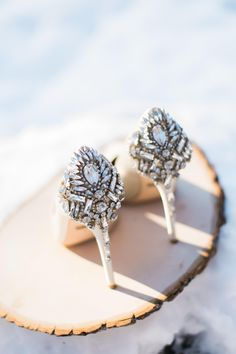 Bejeweled bridal shoes, glam heels for the wedding // Roberta Smi Photography