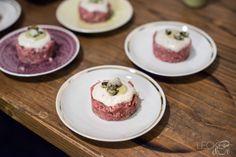 Kalbs Tatar mit Vitello Tonnato Sauce - LECKER&Co   Foodblog aus Nürnberg
