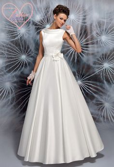 The FashionBrides is the largest online directory dedicated to bridal designers and wedding gowns. Plain Wedding Dress, Wedding Dress Chiffon, Classic Wedding Dress, Tea Length Wedding Dress, Lace Mermaid Wedding Dress, Country Wedding Dresses, Modest Wedding Dresses, Mermaid Dresses, Women's Dresses
