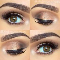 Look from Too Faced Chocolate Bar Palette . love her eyebrows (: Makeup Inspo, Makeup Inspiration, Makeup Tips, Makeup Stuff, Makeup Ideas, Party Makeup, Wedding Makeup, Chocolate Bar Palette Looks, Kiss Makeup