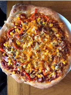 Jamie Oliver's pizza (tészta) Yotam Ottolenghi, Jamie Oliver Pizza, Hawaiian Pizza, Vegetable Pizza, Paleo, Food And Drink, Snacks, Dinner, Vegetables