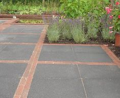 Outdoor Paving, Garden Paving, Garden Paths, Fire Pit Area, Fire Pit Patio, Backyard Patio, Brick Projects, Driveway Design, Rooftop Garden