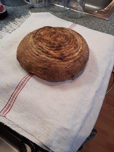 Kváskový rascový chlebík z ražnej múky Bread, Food, Brot, Essen, Baking, Meals, Breads, Buns, Yemek