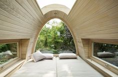 Living in a shoebox     German tree house hovers above pool
