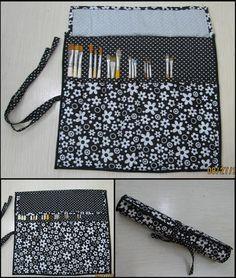 http://agulhaspinceisemais.blogspot.com.br/2010/08/porta-pinceis-em-tecido.html