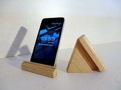 iPhone Standsupporto per smartphone e tablet in di ArtinGarage, €10.00