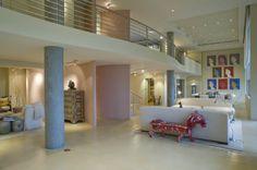 Queen Latiffah Party Houses | HomesGoFast.com