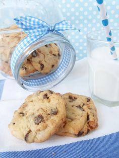 Blue Velvet Cook Book: Cookies de chocolate y avellanas caramelizadas