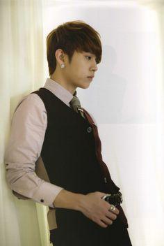 Yong Junhyung (BEAST)