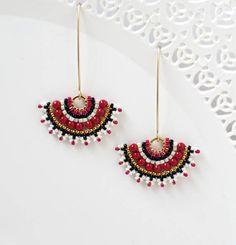 Wedding earrings for brides pearl, Swarovski pearl bridal earrings, Beaded fan earrings, Long earrings for weddings, Unique bridal jewelry Pearl Earrings Wedding, Beaded Earrings, Beaded Jewelry, Pearl Bridal, Gold Earrings, Turquoise Earrings, Statement Earrings, Bijoux Diy, Swarovski Pearls