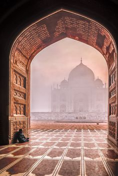 misty sunrise, Taj Mahal, Agra, India | UNESCO World Heritage Site