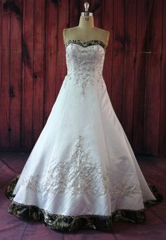 White Camo Wedding Dresses Embroidery plus Size Bridal Gowns 2017 Fashion