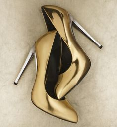 Giuseppe Zanotti - gold shoe with silver heel