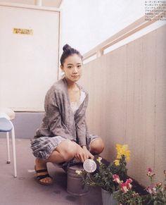 Yu Aoi as Sasha Murphy Sweet Girls, Cute Girls, Yu Aoi, New Fashion, Fashion Outfits, Fashion Styles, Japanese Lifestyle, Dress With Cardigan, Mori Girl