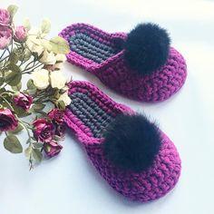 Такие тапочки и под новогодний наряд не грех ! - - - Выполнены на заказ ,возможен повтор в любом цвете - - - 100 хлопок , резиновая подошва,помпон из меха кролика . - - - Цена 550 грн - - - #handmadeslippers #slippers #handmade #тапочкикиев #тапочкиукраина #ручнаяработа #trapillo #yarnlove #tshirtyarn #подарокнановыйгод #подарокна8марта#needleshopтапки Baby Slippers, Knitted Slippers, Womens Slippers, New Years Outfit, Amigurumi Doll, Knitting Socks, Crochet Baby, Knitwear, Couture