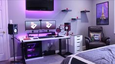 Double monitor setup: http://amzn.to/2tn9wQG