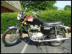 1978 Triumph Bonneville T140   Mecum Auctions.    I need a bike from the year of my birth.