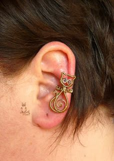 know someone who would love this Ear Jewelry, Copper Jewelry, Jewlery, Gold Filled Jewelry, Wire Wrapped Jewelry, Wire Earrings, Stud Earrings, Wire Ear Cuffs, Art Du Fil