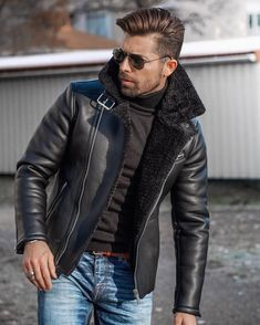 Jackets For Stylish Men. Jackets really are a crucial component to every man's clothing collection. Men will need jackets for a number of moments and several climate conditions. Best Leather Jackets, Leather Jacket Outfits, Men's Leather Jacket, Leather Men, Black Leather, Custom Leather, Black Shearling Jacket, Black Parka, Streetwear