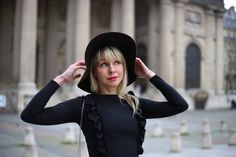 #девушка #parisfashion #красиваядевушка #lady #lafemme #jolie #bellefemme #belle #Франция #парижанка #париж #портрет #Фотосессия… Girl With Hat, Black, Dresses, Fashion, Vestidos, Moda, Black People, Fashion Styles, Dress