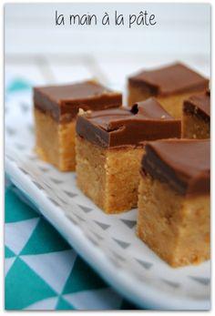 Carrés gourmands au beurre de cacahuètes et chocolat -