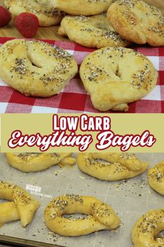 These low carb Everything Bagels are a perfect recipe for when you have a bread craving when living a keto lifestyle. The homemade Everything Bagel seasoning is also great to have on hand for many recipes and snacks. Frugal Meals, Easy Meals, Great Recipes, Recipe Ideas, Keto Recipes, Bagel Recipe, Everything Bagel, Melted Cheese, Bagels