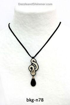 Soutache necklace // Beautiful in black and white – Dori Cengeri