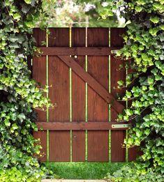 Gartenzaun Lattenzaun Oder Sichtschutzzaun Aus Holz Hier Kaufen ... Pergola Gartentor Sichtschutz Gemutlichkeit