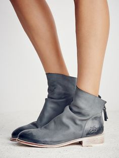 Viceroy Ankle Boot | Beautifully crafted ankle boots featuring a so soft leather fabrication with subtly distressed toe and heel detailing. Contrast accented stacked heel and exposed back zip for an easy on/off.