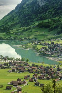 l-eth-e:Lake Lungerersee, Lungern, Switzerland. (by Najeeb Mahmud)