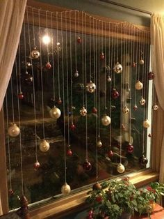 120 Christmas DIY decorations easy and cheap – christmas decorations Christmas Ornament Wreath, Diy Christmas Decorations Easy, Christmas Hacks, Decorating With Christmas Lights, Cheap Christmas, Christmas Centerpieces, Outdoor Christmas, Simple Christmas, Beautiful Christmas