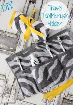 DIY Travel Toothbrush Holder You Can Wash & Reuse! – Rachael La Rock Whaley DIY Travel Toothbrush Holder You Can Wash & Reuse! Hello everyone, Today, we have shown Rachael La Rock Whaley DIY Travel Toothbrush Holder You Can Wash & Reuse! – Must Have Mom Sewing Hacks, Sewing Tutorials, Sewing Crafts, Sewing Patterns, Sewing Tips, Sewing Ideas, E Cosmetics, Creation Couture, Sewing Projects For Beginners