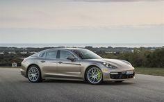 Scarica sfondi Porsche Panamera Turbo S E-Hybrid, supercar, 2018 automobili, marrone Panamera, Porsche