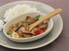 Frikassee mit Curry-Vanille-Sauce ist ein Rezept mit frischen Zutaten aus der Kategorie Schwein. Probieren Sie dieses und weitere Rezepte von EAT SMARTER!
