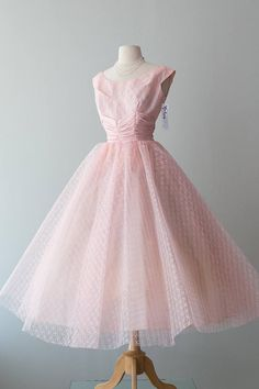 Vintage 1950s Dress  50s Prom Queen Pink Tulle Party Dress w/