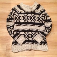 Free People sweater xs Black/white thick sweater Free People Sweaters Crew & Scoop Necks