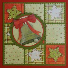 Marjoleine's blog: Kerstkaart met een kerstklok - Kerstkaart in rood en groen. Hier zijn de vierkante schulpmal (voor de achtergrond) en de ronde schulpmal gebruikt.