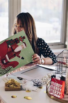 Hallmark Christmas Cards. Walgreens. Oh Lola Blog. Making Christmas Extra Special.