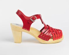 Red:Valencia Maguba sandals