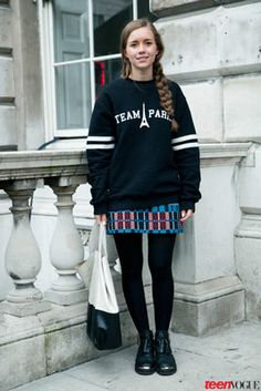 Standout Street Style Straight from London Fashion Week #Oversized #Sweat