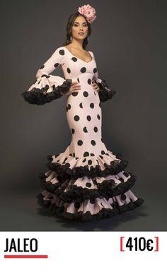 Colección 2017 de Aires de Feria, trajes de flamenca. Diseño, fabricación y venta. 100% Moda flamenca. Trajes de gitana con todo el sabor a Andalucía.