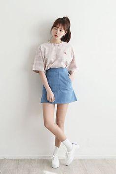 Korea trends whish is stunning korean casual fashion, korean fashion styles, korean Korean Fashion Trends, Korea Fashion, Kpop Fashion, Asian Fashion, Daily Fashion, Trendy Fashion, Style Fashion, Fashion Spring, Womens Fashion
