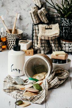 Seifenreste verwerten - DIY Tutorial Flüssigseife selber machen Wilton Icing, Instax Printer, Trick 17, Teen Room Makeover, Bergen, Upcycle, Travel Guide, Rest, Blog