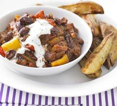 A warming bowl of meat-free comfort food. Make extra for the freezer, from BBC Good Food magazine. Bbc Good Food Recipes, Veggie Recipes, Vegetarian Recipes, Cooking Recipes, Healthy Recipes, Vegetarian Chili, Savoury Recipes, Healthy Chilli, Batch Cooking