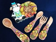 Frutas y vaca Ceramic Bisque, Measuring Spoons, Home Goods, Polymer Clay, Ceramics, Crafts, Mimosas, Biscuit, Cluster Pendant Light
