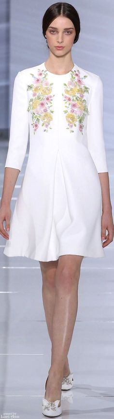 #Farbbberatung #Stilberatung #Farbenreich mit www.farben-reich.com Georges Hobeika Couture Fall 2015
