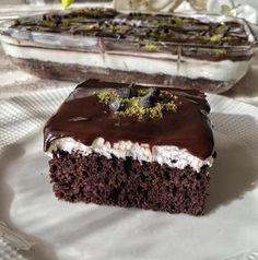 En sevdiğim tatlılardan olan yıllardır yaptığım Ağlayan pasta, Arkadaşlar kesinlikle bu tarifi öneriyorum eminim çok beğeneceksiniz Çook lezzetli�..