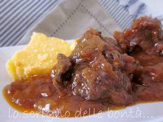 spezzatino di guancia in umido o guanciale di manzo in umido- ricetta per preparare un saporito e gustoso spezzatino con la guancia di manzo