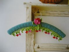 clothes hanger Source: Attic 24 (from Japanese crochet book, translated title: 'Pretty Colour Crochet and Knit Goods') Crochet Books, Knit Or Crochet, Padded Hangers, Japanese Crochet, Beautiful Crochet, Beautiful Beautiful, Crochet Accessories, Kitsch, Crochet Projects