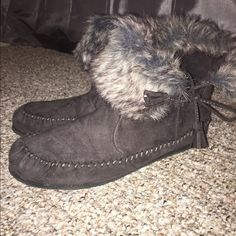 Madden girl moccasins/booties Brand new condition, only worn once and no flaws! Willing to negotiate price just comment below Madden Girl Shoes Winter & Rain Boots